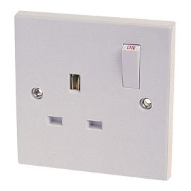 Dencon 13A, Single Switched Socket Outlet to BS1363 Pre-Packed 568891