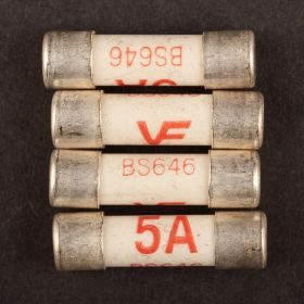 Dencon 5amp Fuse to BS646 Bubble Packed (4) 445841